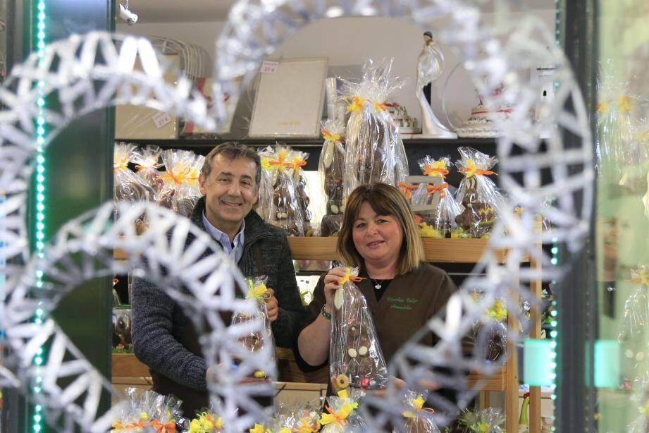 Francis et Patricia Garino sont artisans chocolatiers à Antibes depuis 33 ans.