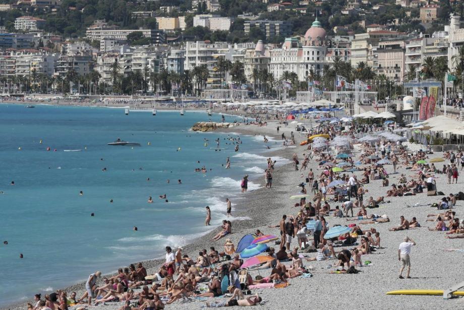Des milliers de vacanciers sur la Côte d'Azur cet été ? Trop tôt pour  se projeter conseille Jean-Baptiste Djebbari.