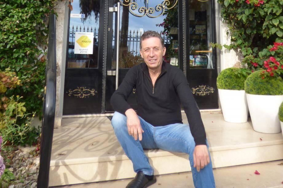 Kirkor Ajderhanyan, directeur de l'école Barsmanian à Nice.