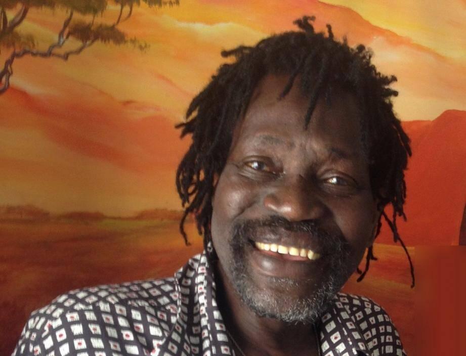 Au delà de son talent de conteur, dessinateur et musicien, Momar était un homme de cœur, aimé de tous.
