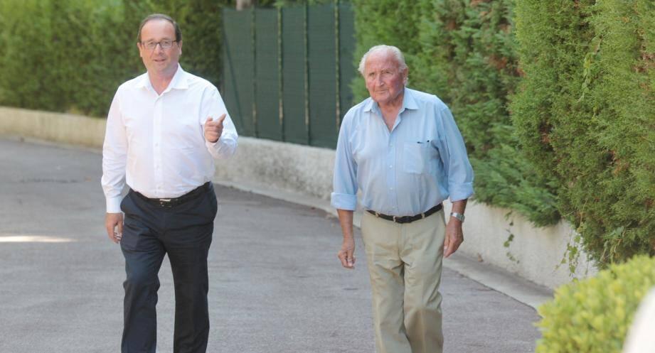 François Hollande et son père Georges à Cannes.