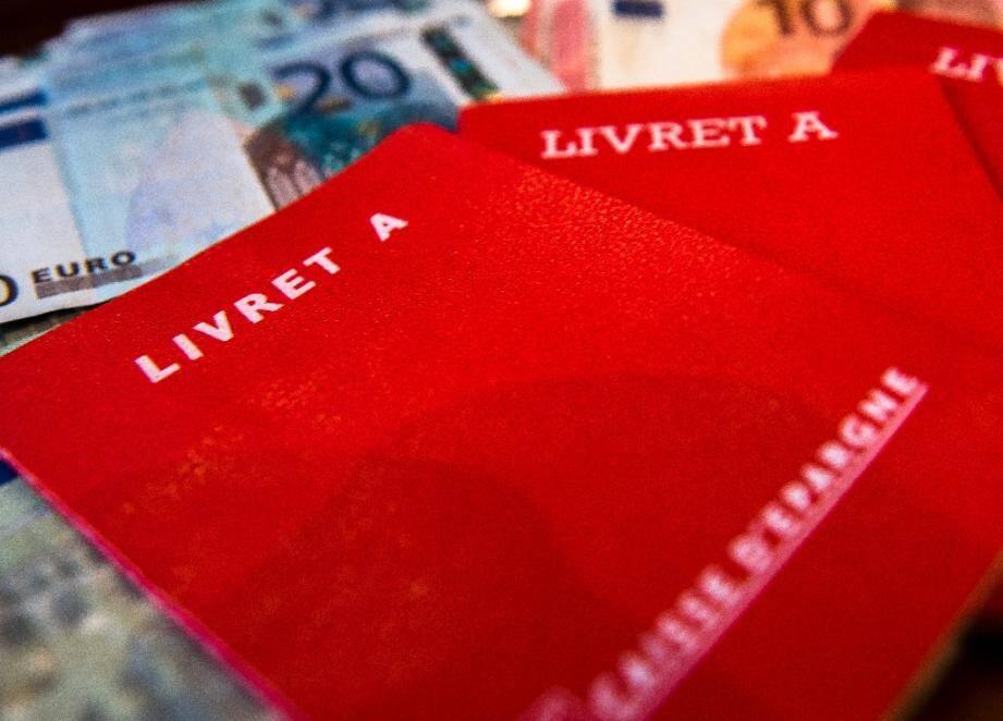 Le livret A a enregistré largement plus de dépôts des épargnants que de retraits au mois de mars, portant la collecte mensuelle à 2,71 milliards d'euros, son niveau le plus élevé depuis 2009