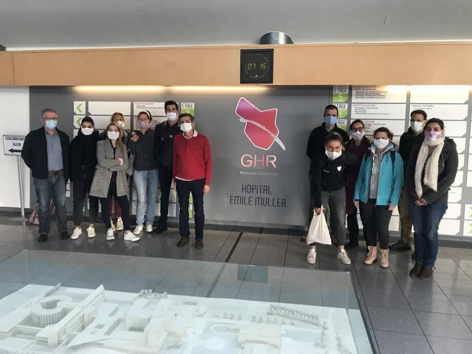 Ces soignants azuréens viennent en aide dans l'unité de post-réanimation de réveil des patients malades du Covid-19 dans le GHR de Mulhouse.