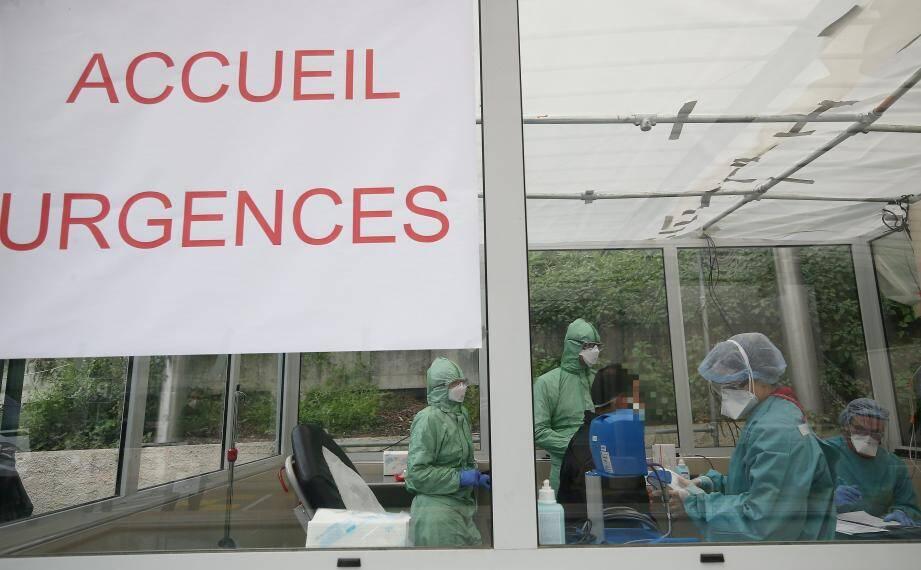 Aux urgences de la clinique Saint-George, à Nice.