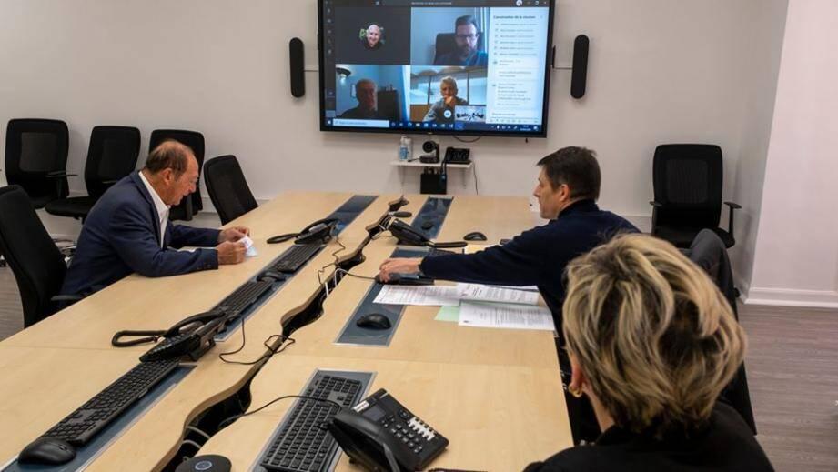 La première réunion (en visio) de la cellule de suivi s'est tenue ce mercredi.