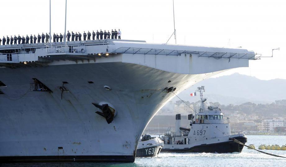 Le porte parole de la Marine a confirmé lundi 4 mai que la quasi-totalité des marins du Charles de Gaulle ont été guéris.