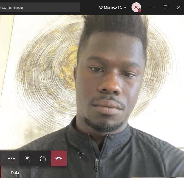 Dans un Français chantant, l'attaquant sénégalais nous a raconté son quotidien, avec beaucoup d'humour, mais aussi comment il envisageait la suite.