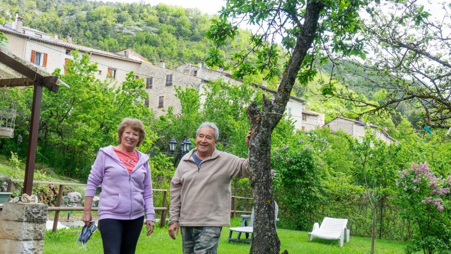 Danielle et Jean-Paul Tarable ont choisi Valderoure pour se confiner et le rester!
