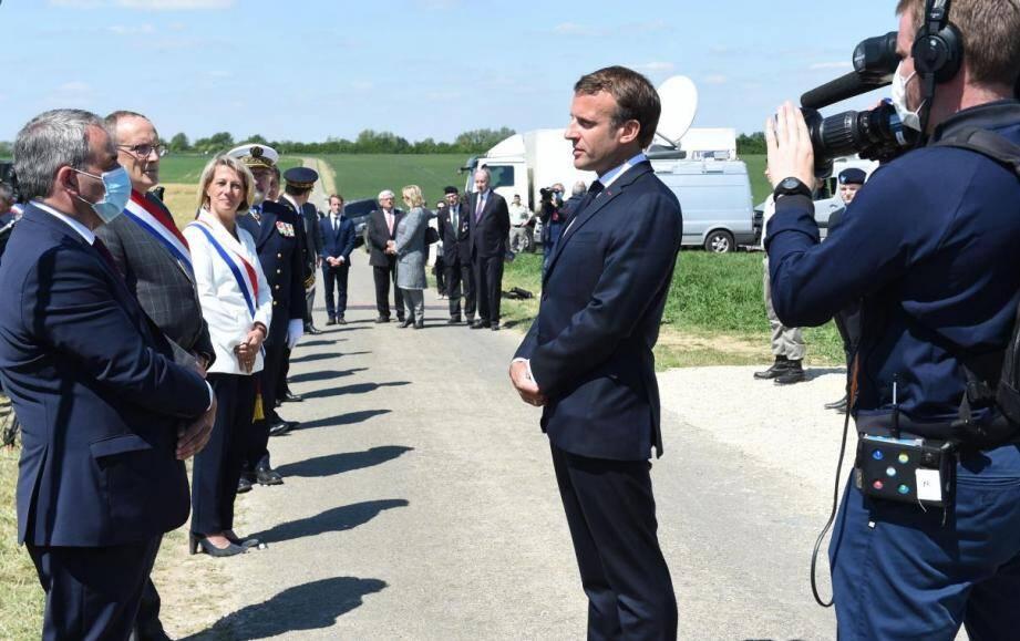 Depuis le début du quinquennat, Emmanuel Macron a, à plusieurs reprises, marqué son admiration pour le fondateur de la Ve République.