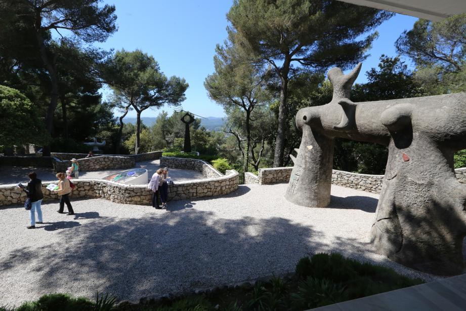 Les visiteurs pourront retrouver la Fondation Maeght et ses jardins le 1er juillet.