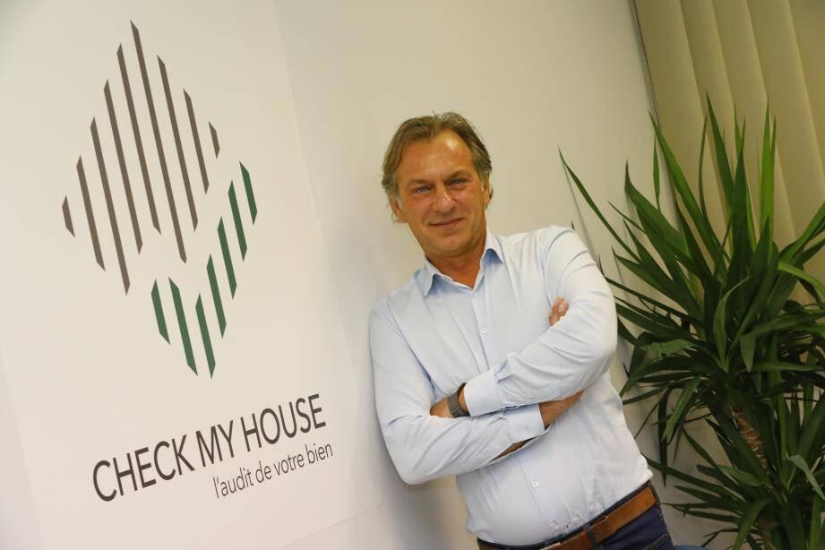 Laurent Hojan, fondateur de Check my House, propose un nouveau service dédié aux professionnels pour garantir le respect des règles sanitaires en vigueur.