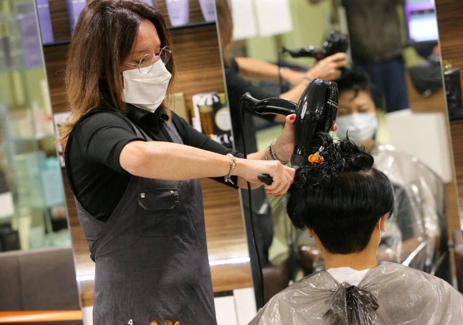 Les coiffeurs ne reçoivent que sur rendez-vous. Pour être efficace, sachez ce que vous voulez faire, vos disponibilités, et ne changez pas les rendez-vous qui ont été fixés.