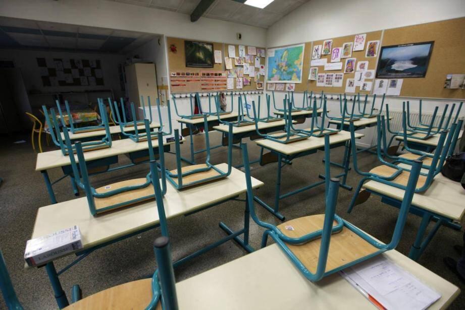 Les écoles resteront fermées jusqu'au résultat des tests.