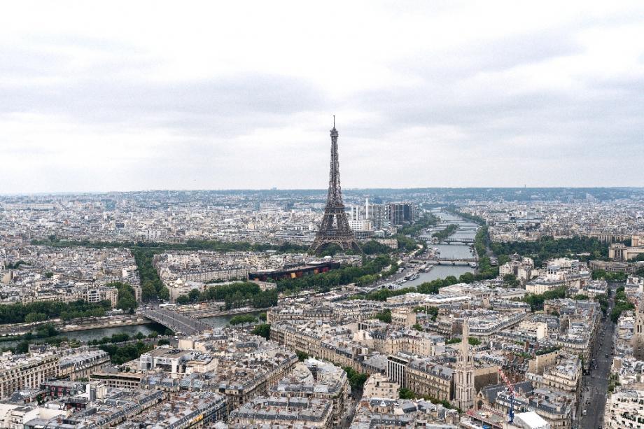 Une odeur de soufre a été largement ressentie en Ile-de-France dans la nuit de dimanche à lundi et des analyses sont en cours pour en déterminer l'origine