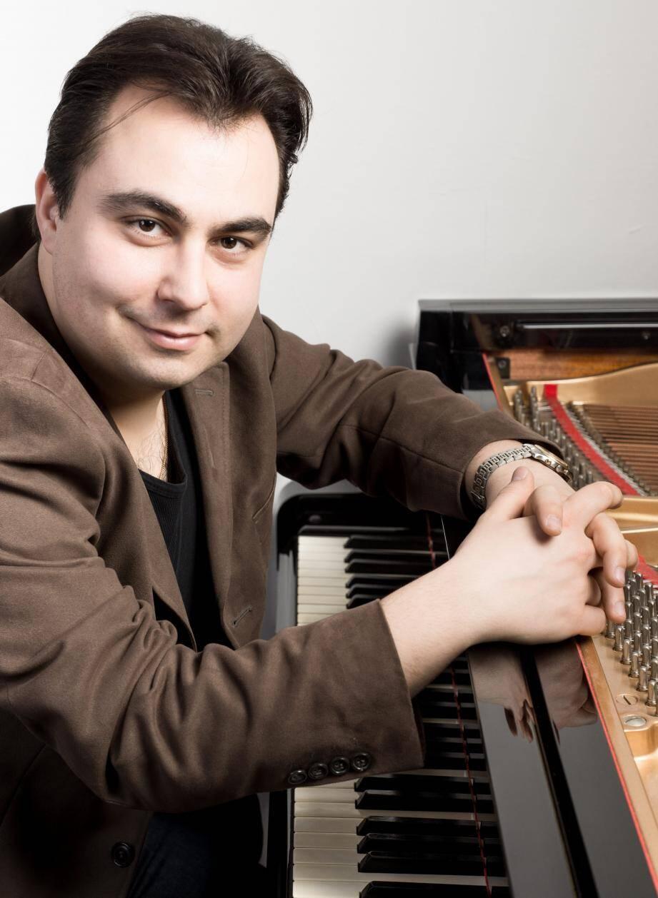Matthieu Stefanelli a une préférence pour le compositeur Henri Dutilleux car «il n'a jamais rompu avec la tradition: on devient musicien par rapport aux autres musiciens du passé».