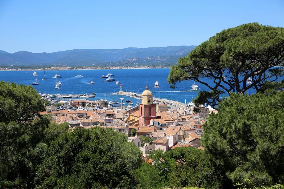 Une vue sur Saint-Tropez.
