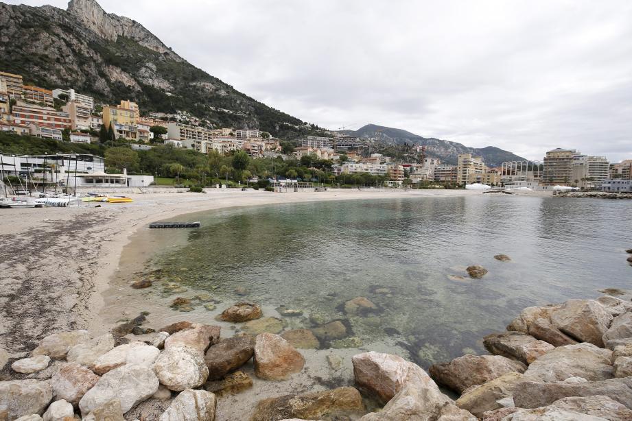 Dès lundi, la baignade sera autorisée seulement sur la plage Marquet. La plage de la Mala n'est pas concernée par l'arrêté.