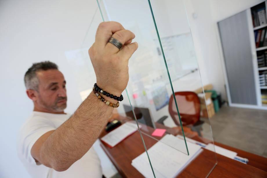 Pascal Lumbroso a acquis le matériel adéquat pour tout réaliser.