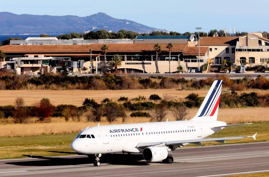 La reprise des vols sur l'aéroport Toulon-Hyères est prévue pour le 2 juin.