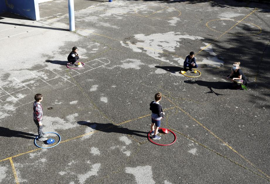Image d'illustration.   French school pupils to return to school on May 12, 2020 Vallauris  (MaxPPP TagID: maxmatinnews463390.jpg) [Photo via MaxPPP]