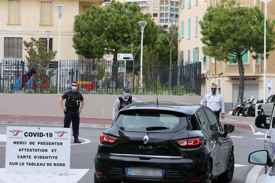 La police nationale va mener des opérations de contrôles mobiles ou fixes tout le week-end aux abords de la Principauté. Comme ce vendredi au rond-point Victor-Hugo à Beausoleil.