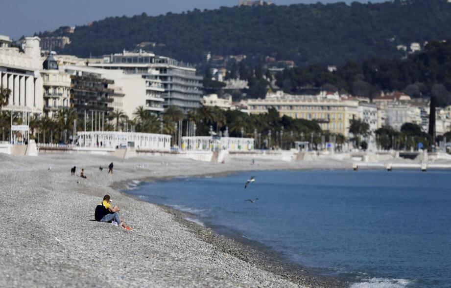 Treize communes ont demandé la réouverture de leurs plages dans les Alpes-Maritimes.