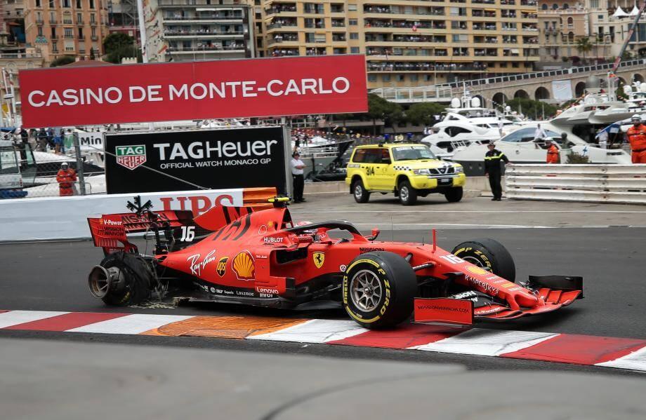 En 2019, une crevaison éliminatoire pour Charles Leclerc.