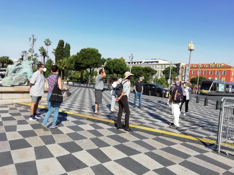 Vendredi 21 mai, l'association Via Nissa a organisé la prmeière visite guidée de Nice depuis le déconfinement.