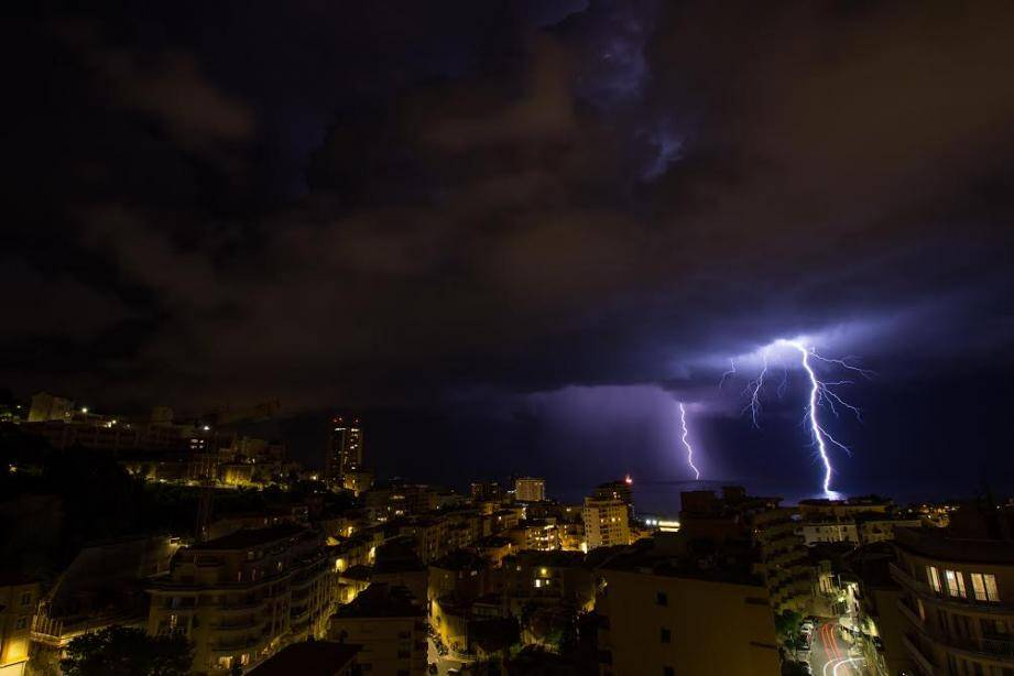 L'orage vu de Monaco par une de nos lectrices.