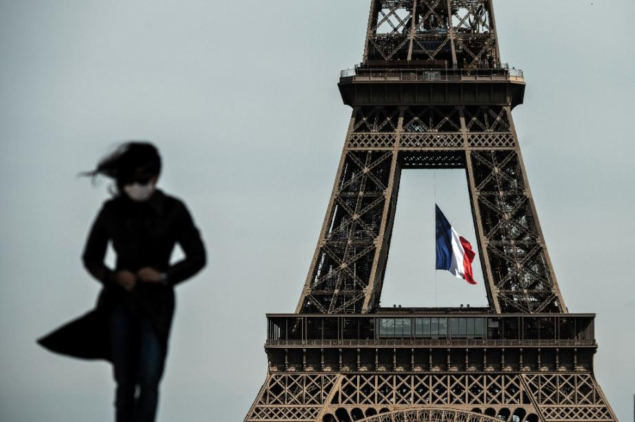 La tour Eiffel vue depuis l'esplanade du Trocadero, le 11 mai 2020 à Paris