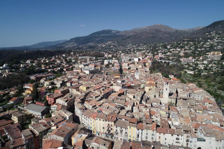 Le projet de construction de 38 logements à Vence vient d'être suspendu par la maire.