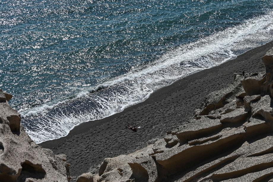 Sur l'île de Santorin, en Grèce, le 14 juin 2020