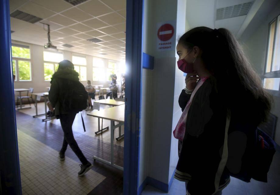 Le travail en groupes restreints, avec pas plus de 15 élèves par classe, fait partie des bons points de la crise sanitaire.