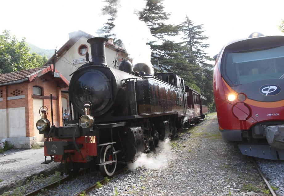 Le petit train à vapeur de retour sur la ligne Puget-Théniers - Annot le  juillet.