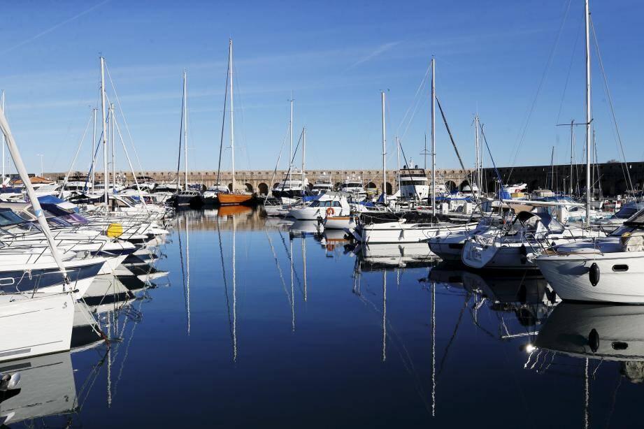 Le port Vauban en janvier dernier, avant le confinement et sa fermeture.
