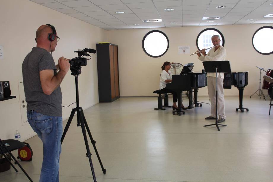 Guillaume Daniel et Isabelle Sikora ont dû jouer sans autre public que la caméra.