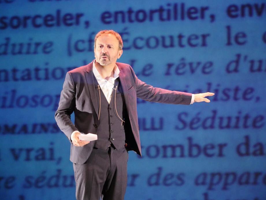 Le public découvrira le 23 juin à 18 h 30 les quarante-trois spectacles programmés au théâtre de l'Esplanade par Maria Claverie-Ricard.