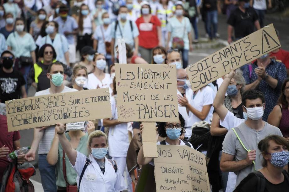 Des soignants manifestent à Strasbourg, le 16 juin 2020