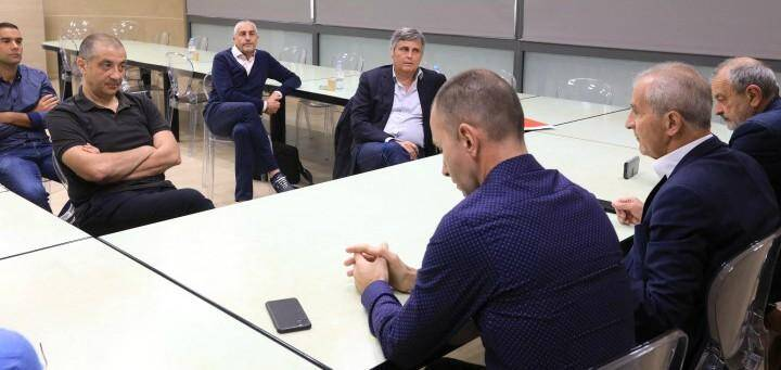 Les négociations ont repris, ce lundi en mairie, entre Claude Joye et Mourad Boudjellal, sous l'impulsion du maire de Toulon.