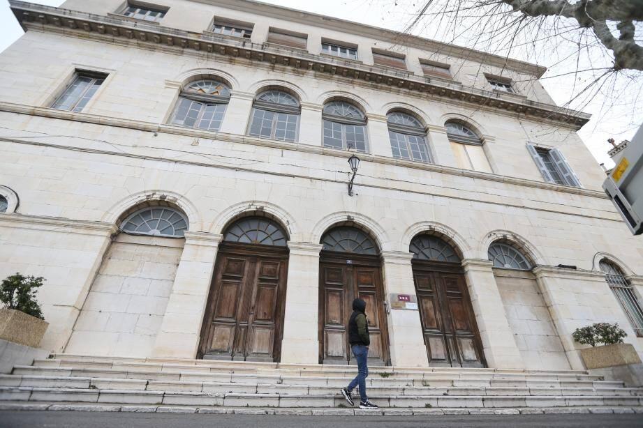 L'EFCAM intégrera l'ancien palais de justice pour dispenser sa formation.