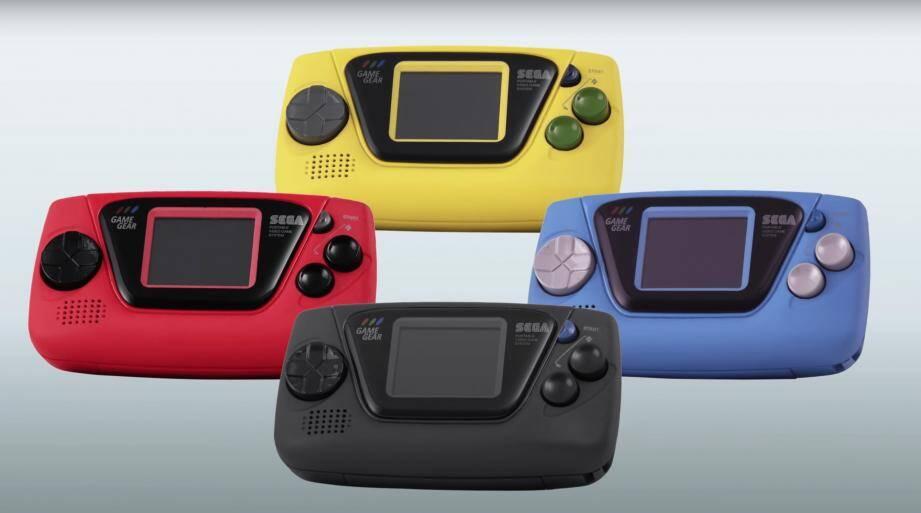 La Game Gear Micro sera à peine plus grande qu'un porte-clés (8 x 4,3 x 2 centimètres), pèsera 40 grammes et disposera d'un écran de 1,15 pouce de diagonale.