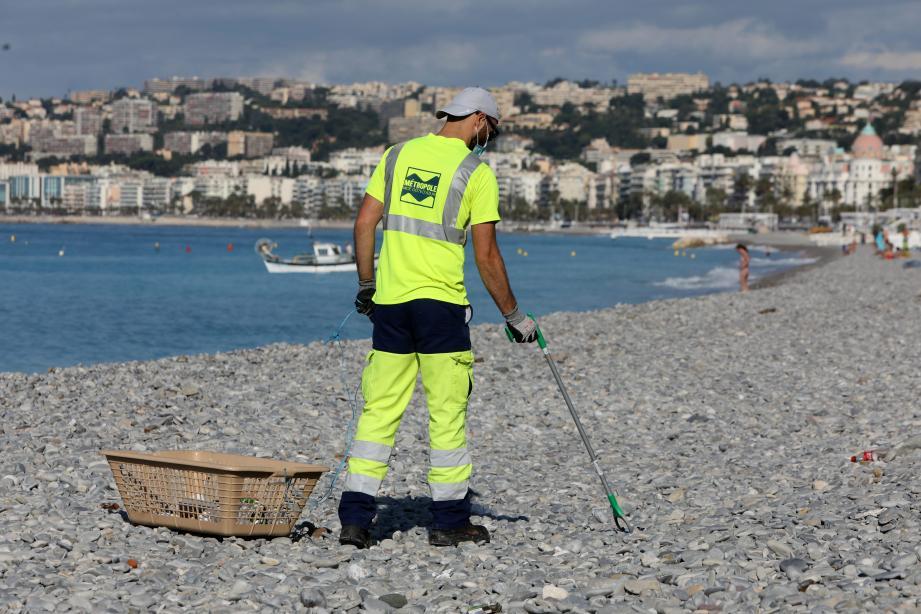 Comment endiguer les déchets sur les plages azuréennes?