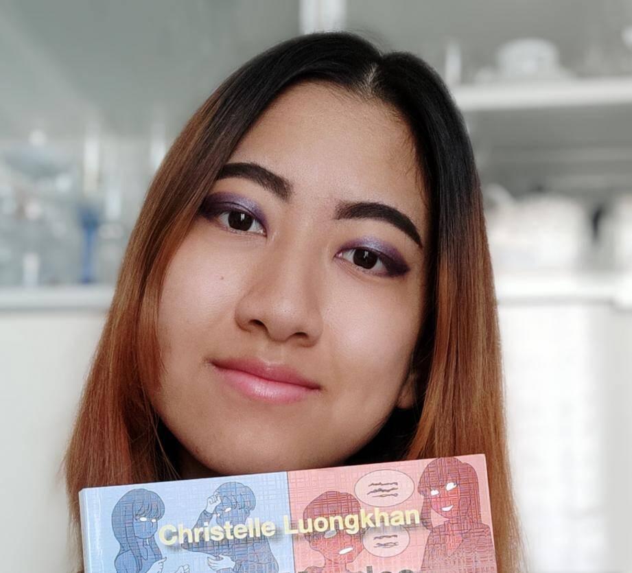 Sourde de naissance, Christelle Luongkhan a écrit un ouvrage paru aux éditions Renaissens.