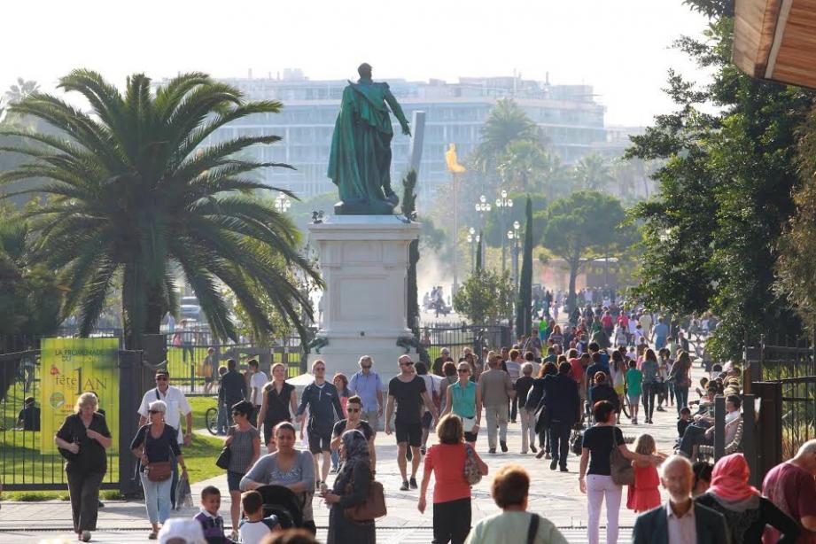 La statue du général Masséna, sur la Promenade du Paillon.
