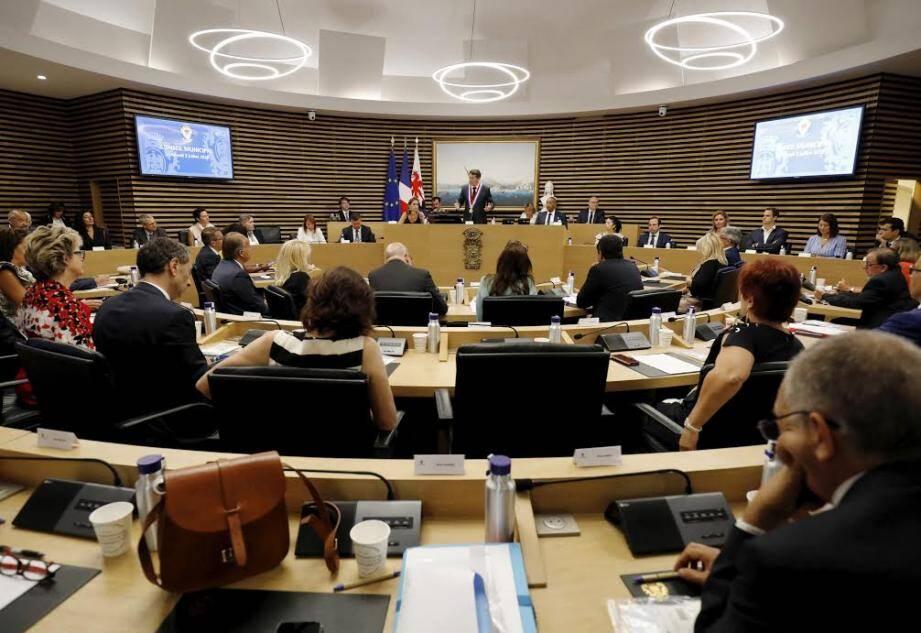 Le conseil municipal à Nice.