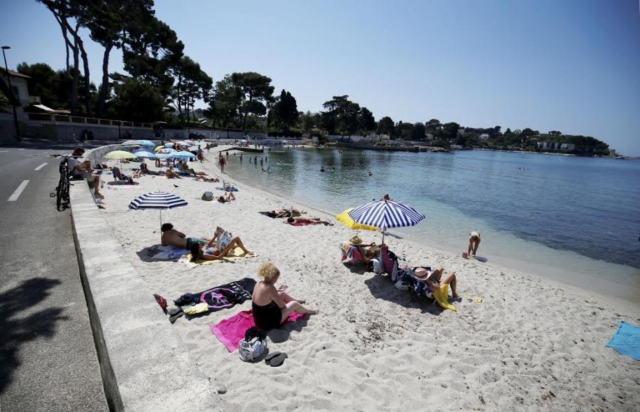 La plage des Ondes, à Antibes, est interdite à la baignade pour au moins 24 heures.
