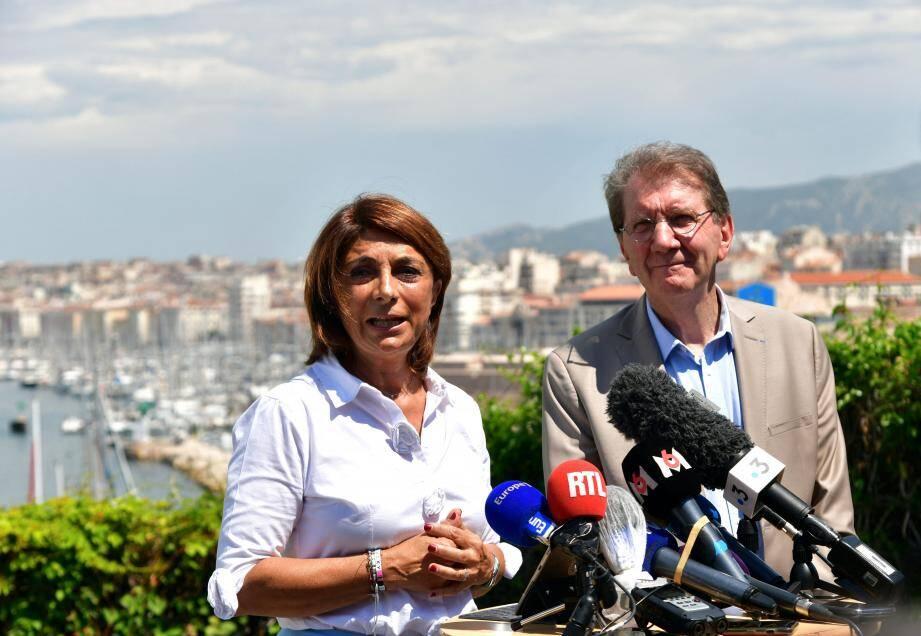 Arrivée en tête du second tour, dimanche, Michèle Rubirola (union de la gauche, en médaillon) fera non plus face à Martine Vassal mais à Guy Teissier - et à une droite divisée.