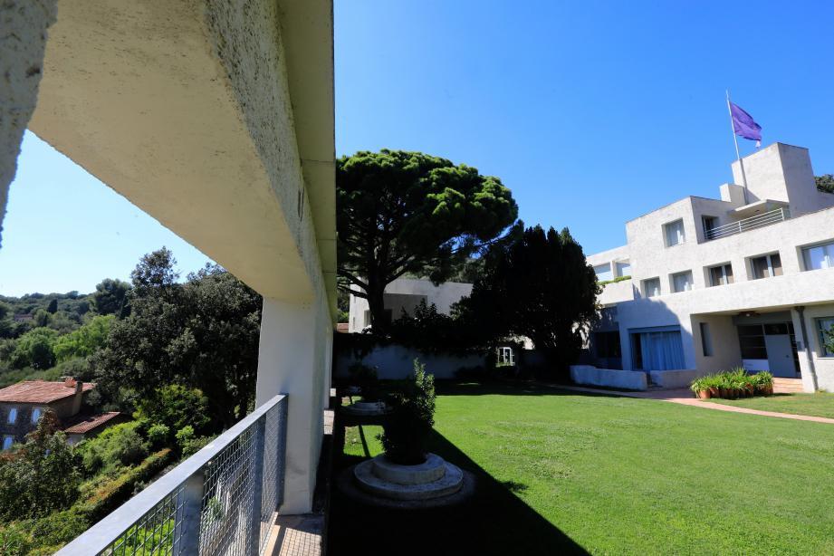 La Villa Noailles fait partie des sites référence du guide Plein Sud.
