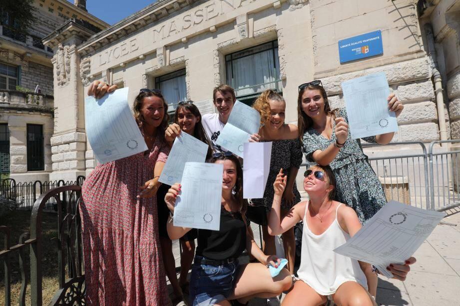 Au lycée Masséna, à Nice, 96 % des élèves ont réussi le bac, dont Lena, Stella, Oscar, Salomé, Laure et les autres...
