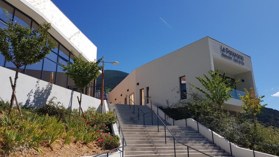 L'entrée des thermes de Valvital à Berthemont-les-Bains (Roquebillière).